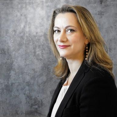 Cristina-Dello-Siesto-(Avvocato)